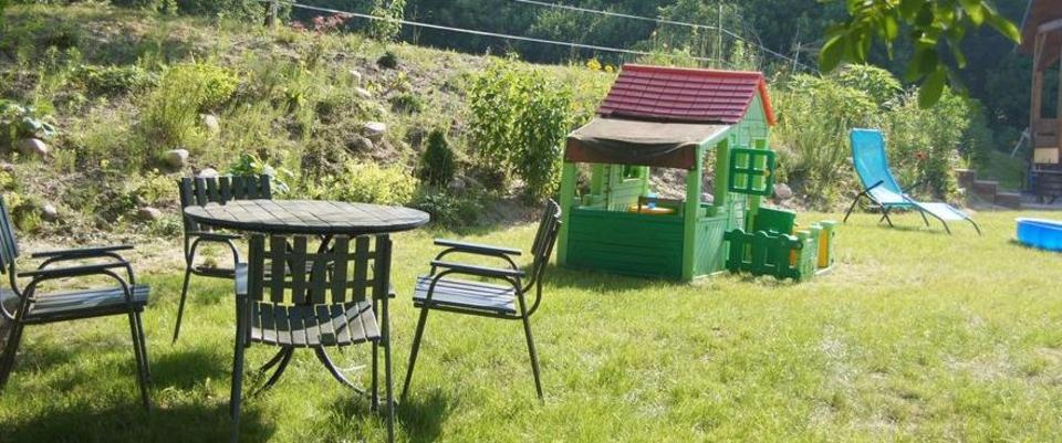 Garten der Ferienwohnungen Tonseeblick und Tonseeidyll